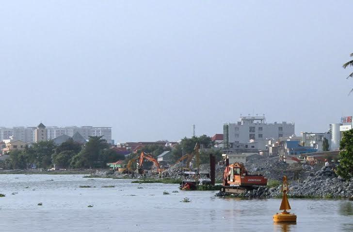 Lấp sông Đồng Nai: Chưa hề hỏi ý kiến dân! - 2