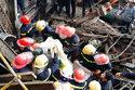 Hình ảnh nhói đau vụ sập giàn giáo 13 người chết