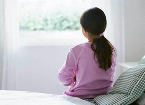 Dấu hiệu trẻ tự kỷ cần phát hiện càng sớm càng tốt