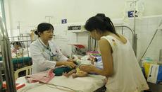 Trẻ viêm phổi tăng cao do nắng nóng đột ngột