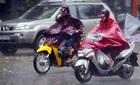 Hai ngày cuối tuần, Hà Nội tiếp diễn mưa, rét