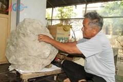 Hòn đá thơm kỳ lạ của lão nông An Giang