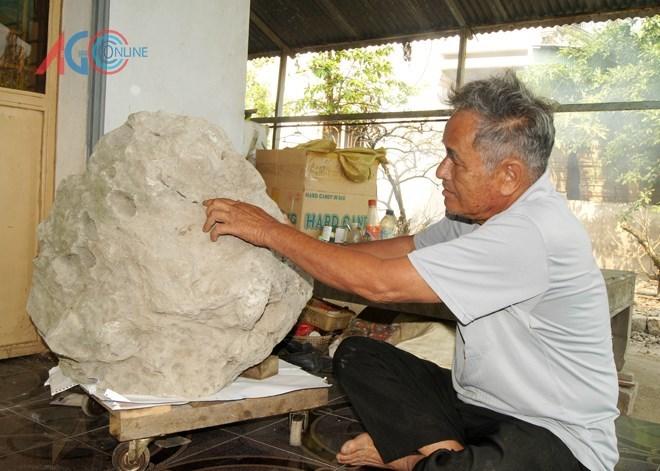 đá-thơm, nông-dân, An-Giang, khoa-học, hòn-đá, hóa-thạch
