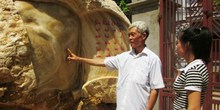 Bắc Giang: Tảng đá hình bản đồ Việt Nam giá 7 tỷ