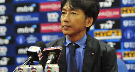 HLV Miura khen tinh thần thi đấu của các học trò