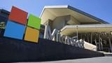 """Microsoft sẽ """"hốt bạc"""" nhờ biếu không người dùng Windows và Office"""