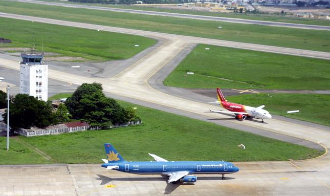 đường-băng, Tân-Sơn-Nhất, hàng-không, sửa-chữa, cất-hạ-cánh, hành-khách, thiệt-hại
