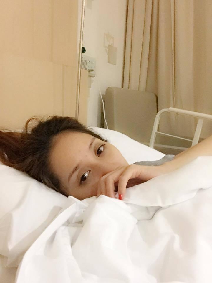 Khánh Thi nhập viện khẩn cấp