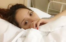 Khánh Thi nhập viện khẩn cấppx
