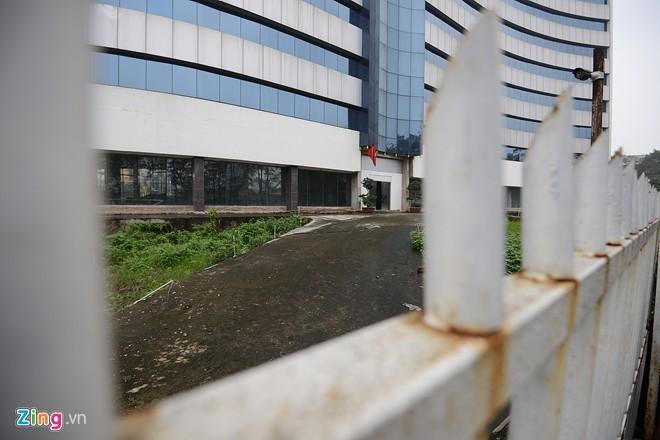 Bệnh viện 50 triệu đô của Mỹ bỏ hoang giữa Hà Nội