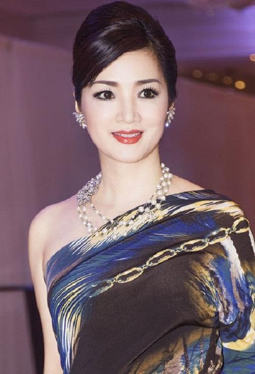 Những 'đóa hồng nghìn tỷ' rực rỡ nhất giới kinh doanh Việt