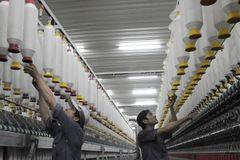 Chính phủ kiến nghị sửa luật BHXH theo nguyện vọng của công nhân