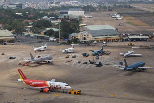sân bay, sữa chữa, Tân Sơn Nhất, cao điểm, thiệt hại, kỳ nghỉ