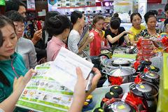 Việt Nam thành công xưởng của tỷ phú Thái?