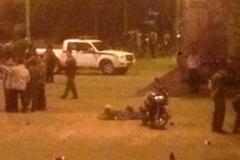 Cảnh sát nổ 4 phát súng trấn áp kẻ gây rối trong đêm