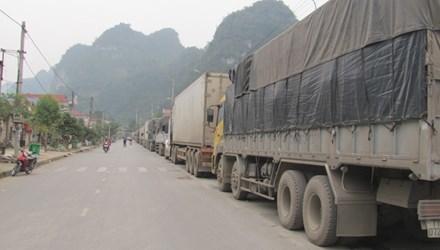 Hàng ngàn xe dưa hấu ùn tắc ở Lạng Sơn