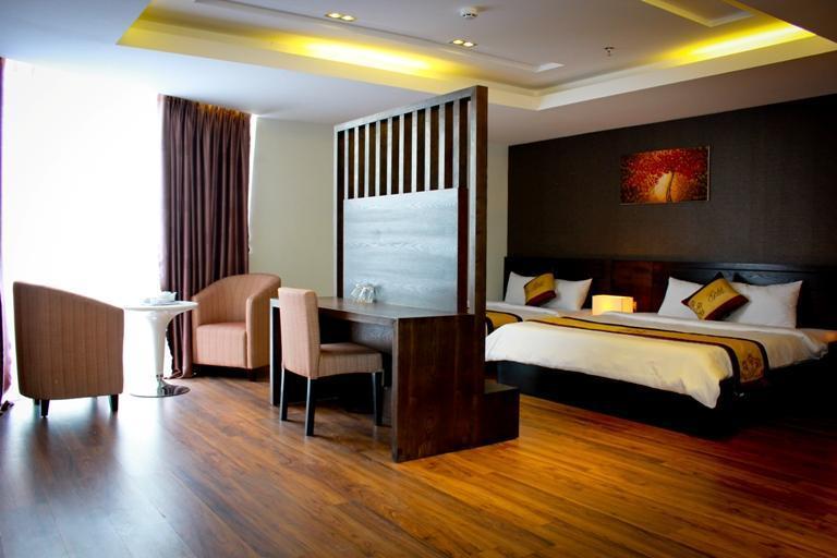 Resort, khách sạn Đà Nẵng: Thừa nặng