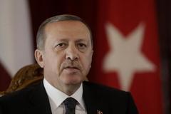 """Đi tù vì """"thích"""" ý kiến chỉ trích Tổng thống Thổ Nhĩ Kỳ"""