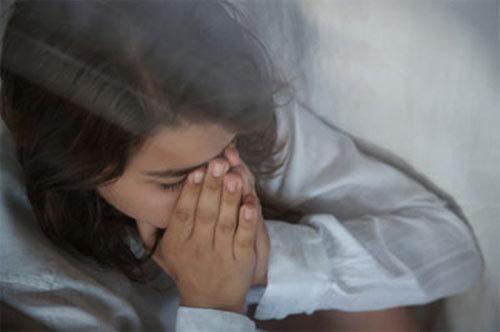 Tra tấn vợ vì thiếu cái... màng