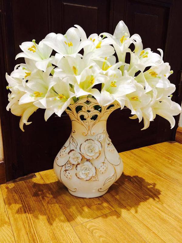 hoa loa kèn, tháng tư, cắm hoa, cắm hoa nghệ thuật