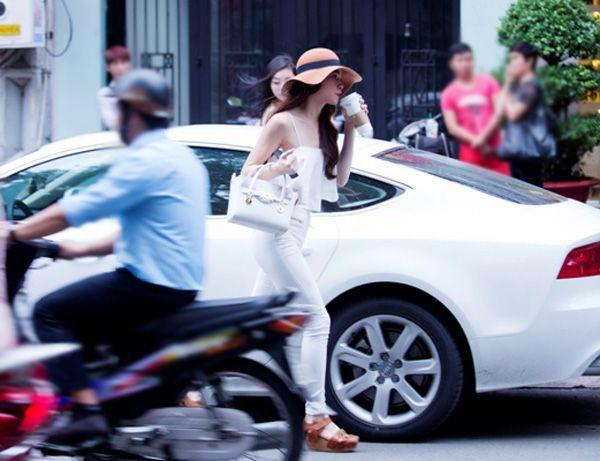 bộ sưu tập, xe hơi, hoành tráng, showbiz, Hà Hồ