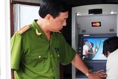 Bốn người nước ngoài phá trụ ATM, trộm 1,4 tỷ