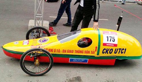 20150413145130 emc1 Chiếc xe tự chế của đội CKOUTC1 có thể chạy 1.000 km với một lít xăng