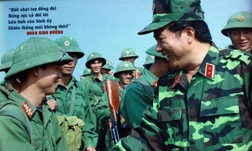 30/4, Đoàn Sinh Hưởng, Sư đoàn 308, Khe Sanh, bộ binh, tăng thiết giáp