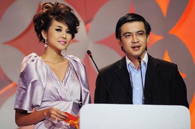 Bất ngờ với hình ảnh 'già đi thấy rõ' của BTV Quang Minh