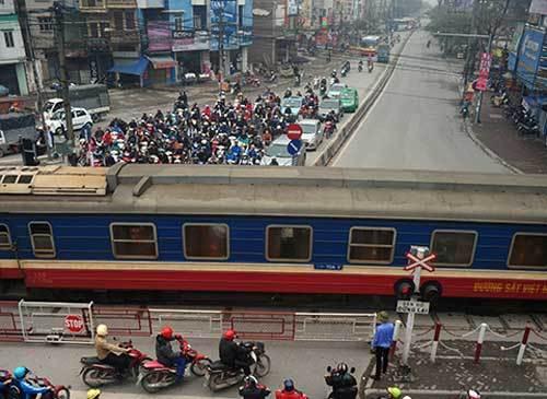 Chuyển ga Hà Nội ra khỏi trung tâm nội đô