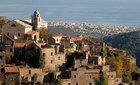 Ngắm thành phố ma nổi tiếng ở Italy từ trên cao