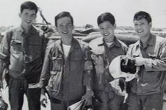 Phi đội hào hoa đánh Tân Sơn Nhất