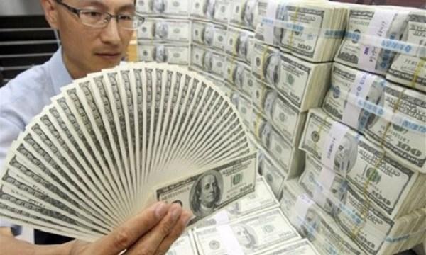 Tại sao đại gia thường có xu hướng 'ôm tiền' rời quê hương?