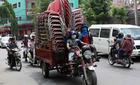 Báo Tây choáng với hình ảnh giao thông của người Việt