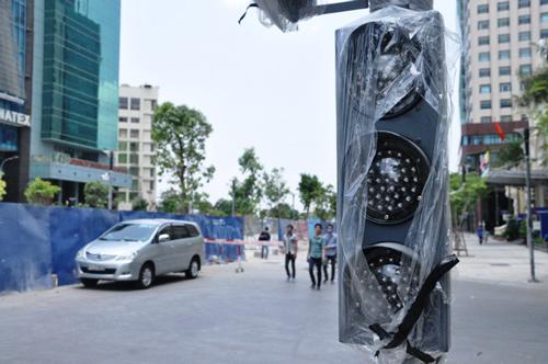 Phố đi bộ Sài Gòn lắp đèn tín hiệu giao thông có âm thanh - 2