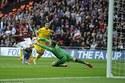 Đá bay Liverpool, Villa chiến Arsenal ở chung kết FA Cup