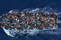 Thế giới 24h: Lật tàu giữa biển lúc nửa đêm