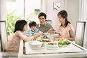 Trẻ ăn theo nhu cầu có IQ cao hơn trẻ bị nhồi ép