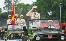 Xem các binh chủng quân đội, công an diễn tập diễu binh