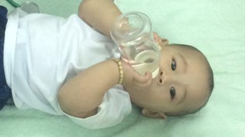 TP.HCM: 6 tháng kỳ diệu của sơ sinh 'văng khỏi bụng mẹ' - 3