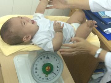 TP.HCM: 6 tháng kỳ diệu của sơ sinh 'văng khỏi bụng mẹ' - 5