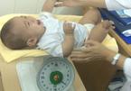 6 tháng kỳ diệu của sơ sinh 'văng khỏi bụng mẹ'