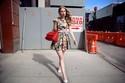 Street style toàn đồ đơn sắc nhưng nổi bật của các quý cô châu Âu