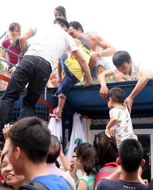 Văn minh, miễn phí, Hồ Tây, Hà Nội, quy hoạch, đô thị, khu vui chơi, mùa hè, bể bơi