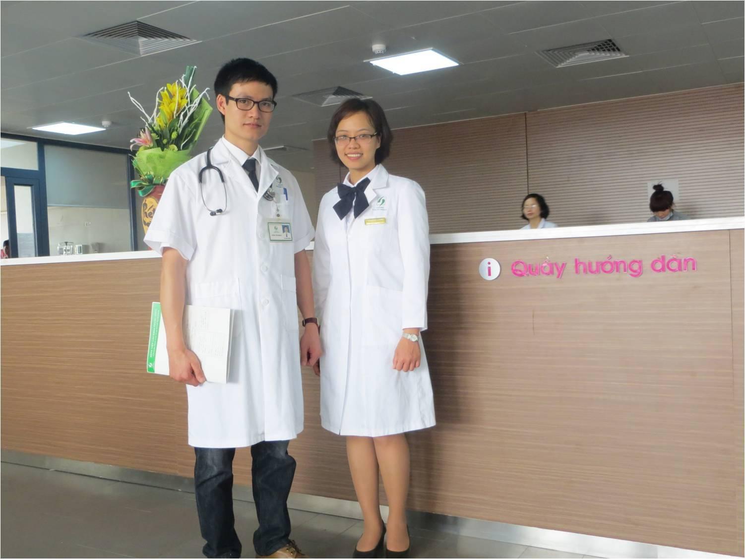Đổi màu trang phục nhân viên y tế