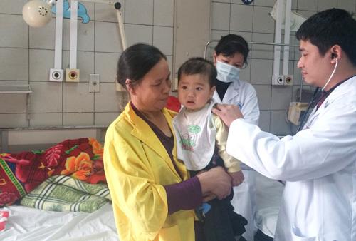 Bộ trưởng Y tế: 'Đừng chữa bệnh kiểu ban ơn!'