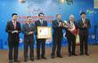 VNNIC đón nhận Huân chương lao động hạng Nhì