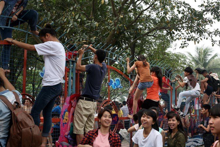 công viên nước Hồ Tây, bí thư, Hà Nội, Phạm Quang Nghị