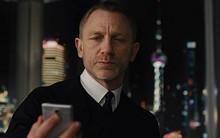 James Bond từ chối lời đề nghị 100 tỉ