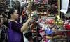 Hàng Nhật đắt gấp 3 vẫn mua: Đừng vội chê sính ngoại?